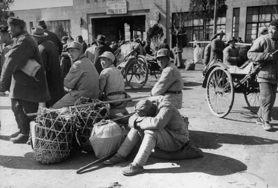 1949.12.7 中華民國決議來台